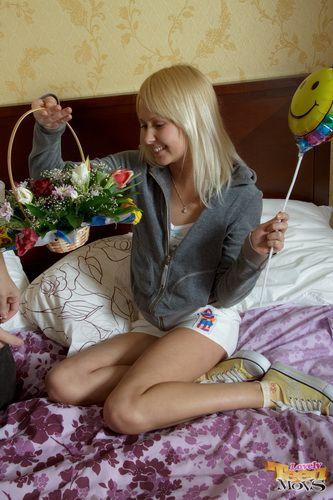 http://i1.imageban.ru/out/2010/05/24/0886135a377101ee3cc5e19ffda7cdf0.jpg