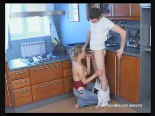 http://i1.imageban.ru/out/2010/06/23/611d0b0b96af5c876daecc441aab4c6f.jpg