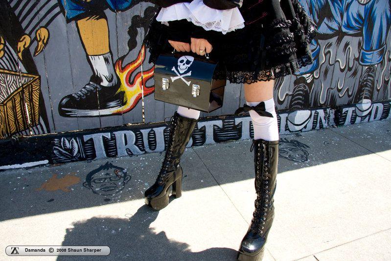 http://i1.imageban.ru/out/2010/08/12/b40f7660dbfe122ebe5f2f4a48ac746a.jpg