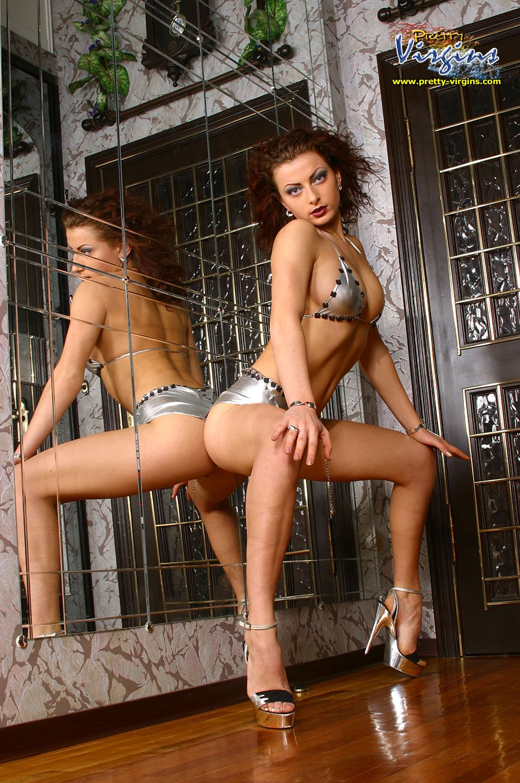 pimpandhost.com imagesize:956x1440 12 @
