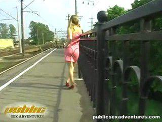http://i1.imageban.ru/out/2010/09/04/85693d28ec5ed5bae489ee12a246eccd.jpg