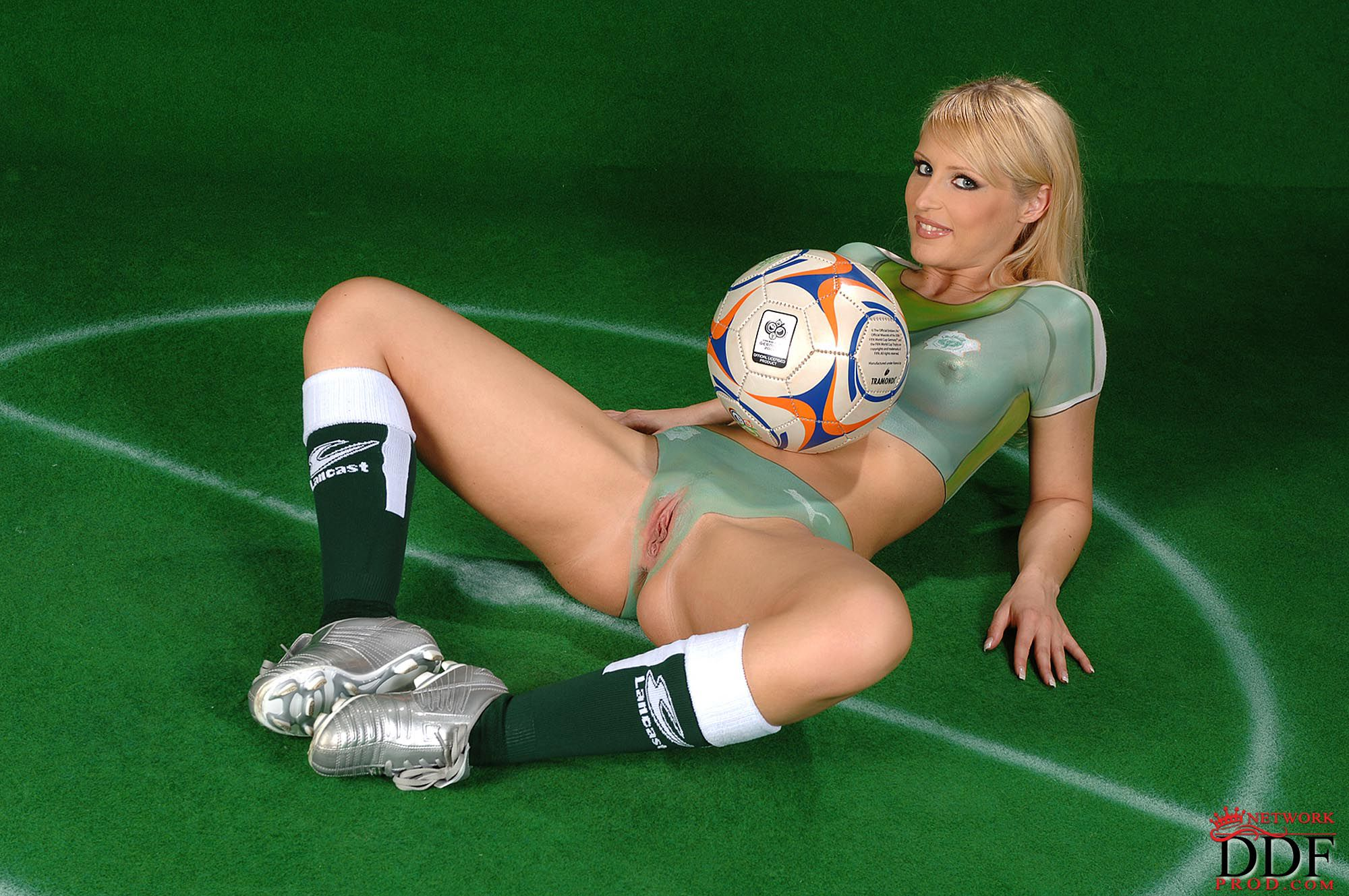 Эро фото футбол 7 фотография