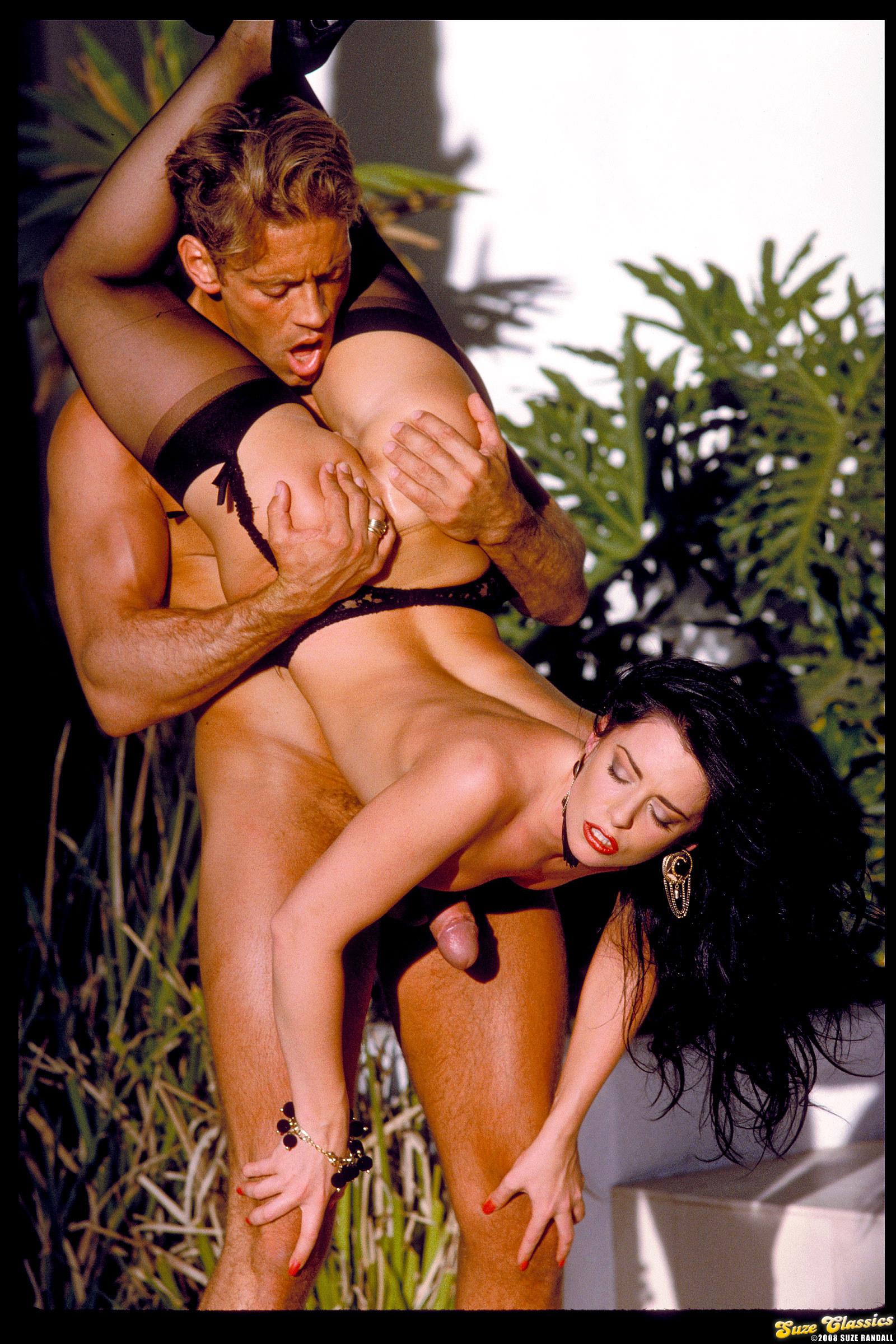 На острове ретро порно