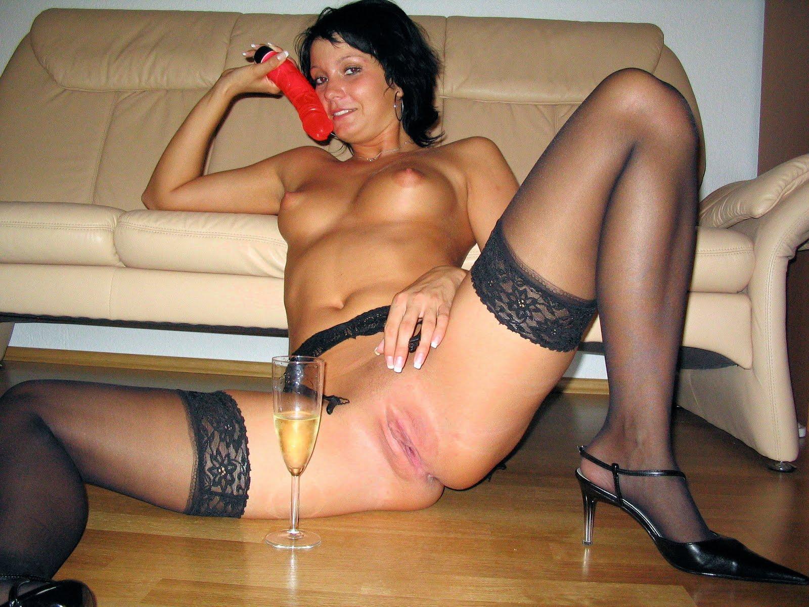 Фото жена развратная с другим настырно приглашают
