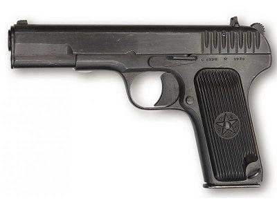 Пневматический пистолет от Gletcher TT (Тульский Токарева) выполнен полностью из легкого алюминиевого сплава.