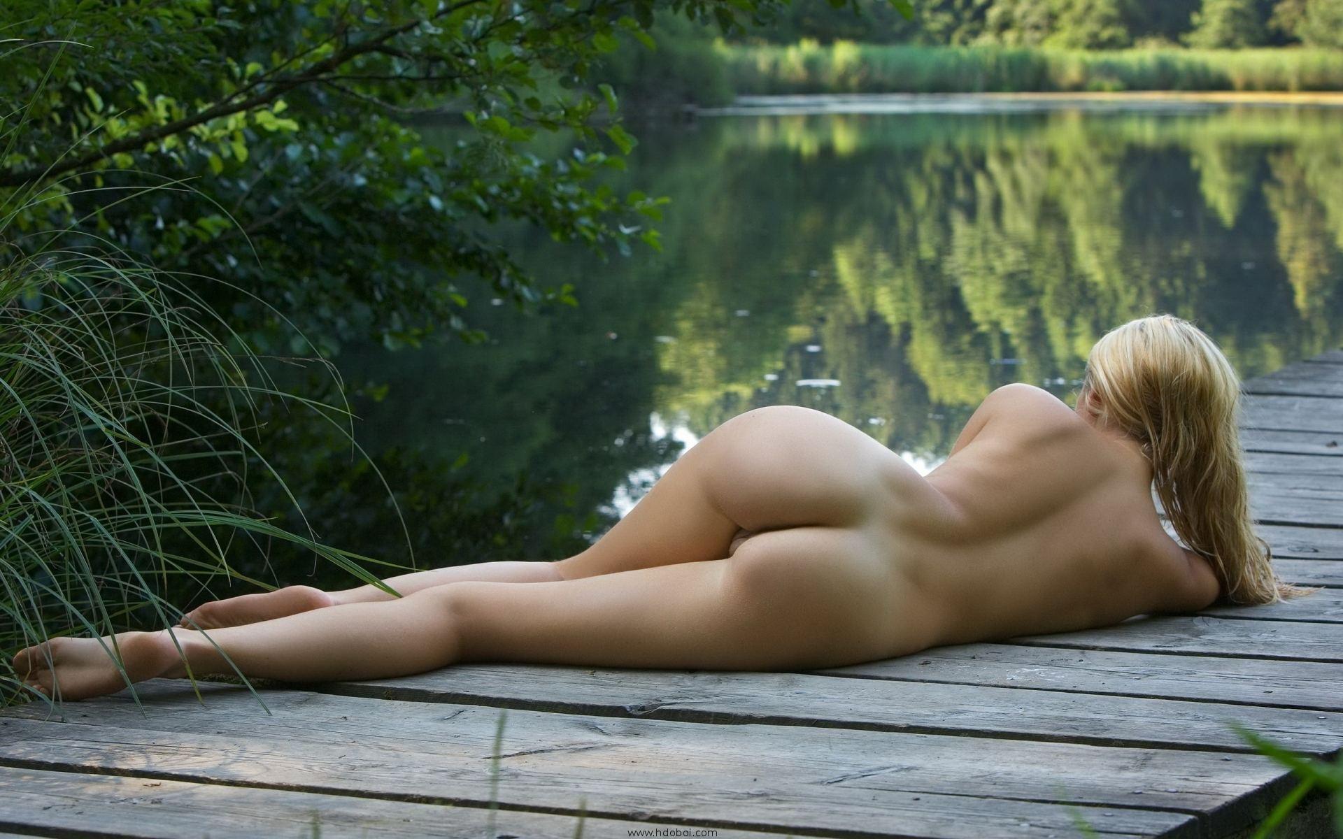 Секс у озера онлайн 16 фотография