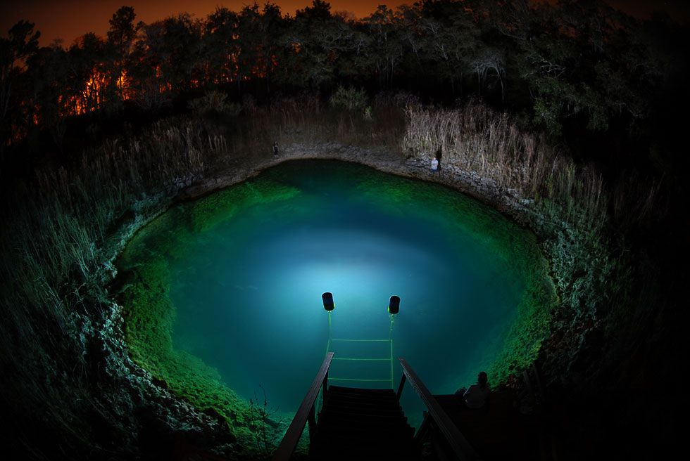 Величественные подводные пещеры