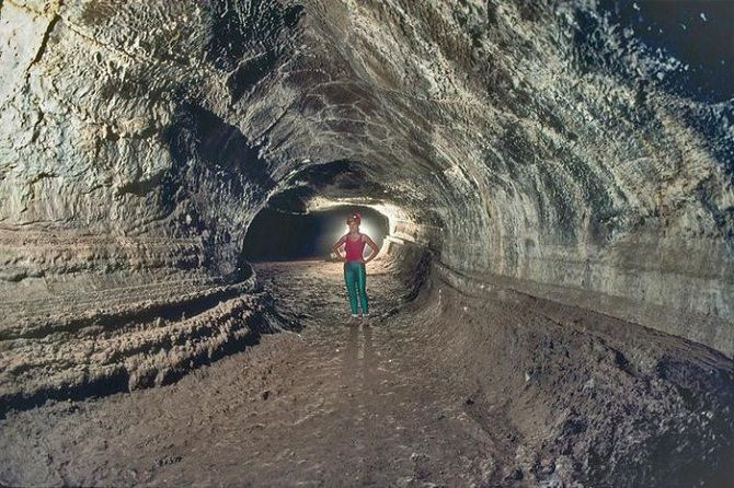 12 захватывающих фотографий  лавовых пещер