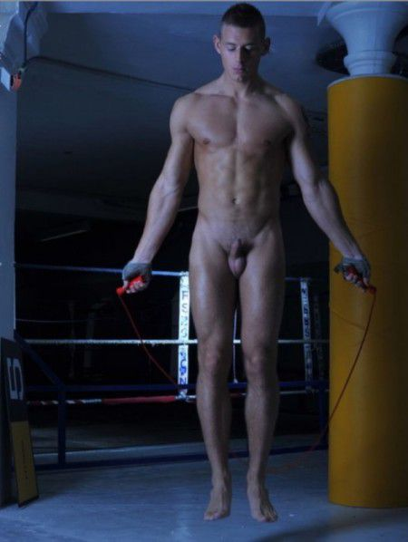 фото голых парней спортсменов