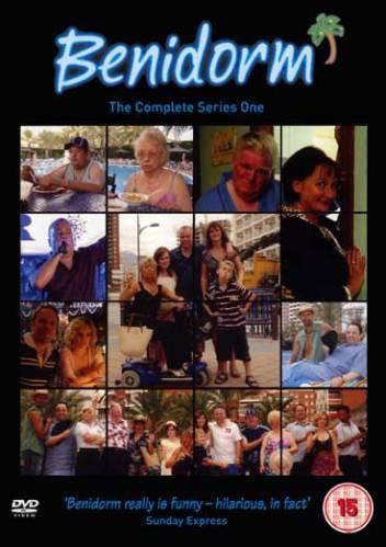 Все включено / Бенидорм / Benidorm / Сезон: 1 / Серии: 1-6 (6) (Derren Litten) [2007, комедия, DVDRip-AVC] DVO (Студия Инис) + Original + Rus Subs (lyutemoki)
