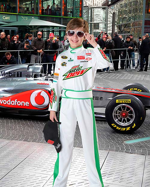 Детский фотошаблон - Будущий гонщик Формулы 1