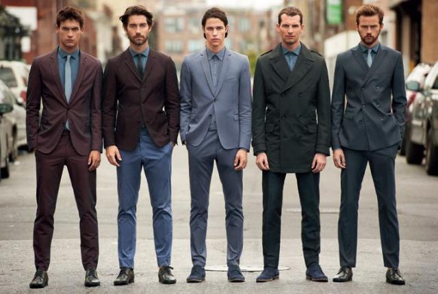 Фирма брендовой одежды, о которой пойдет речь в этой статье, начинает свою историю в 1984 году, когда совладельцы Hugo Boss AG братья Уве и Йохен Холи