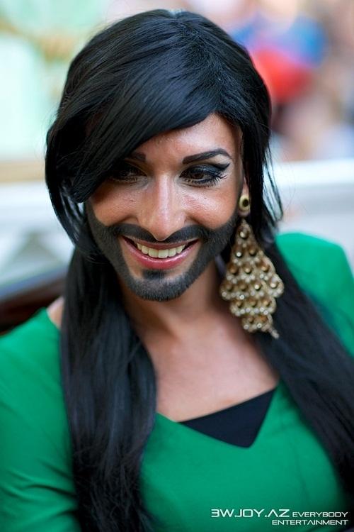 """Belaruslar müsabiqədə transvestitin iştirakına görə """"Eurovision""""-u boykot edəcəklər"""