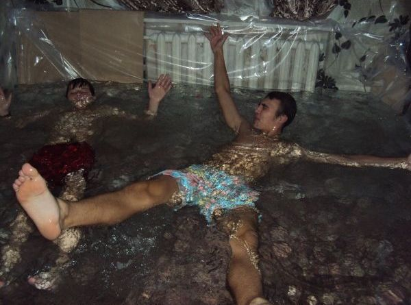 Необычный бассейн своими руками
