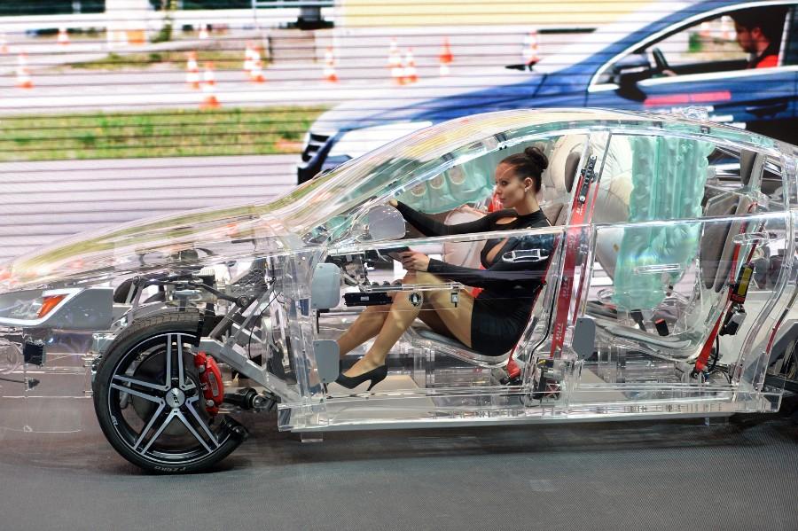 Прозрачное авто
