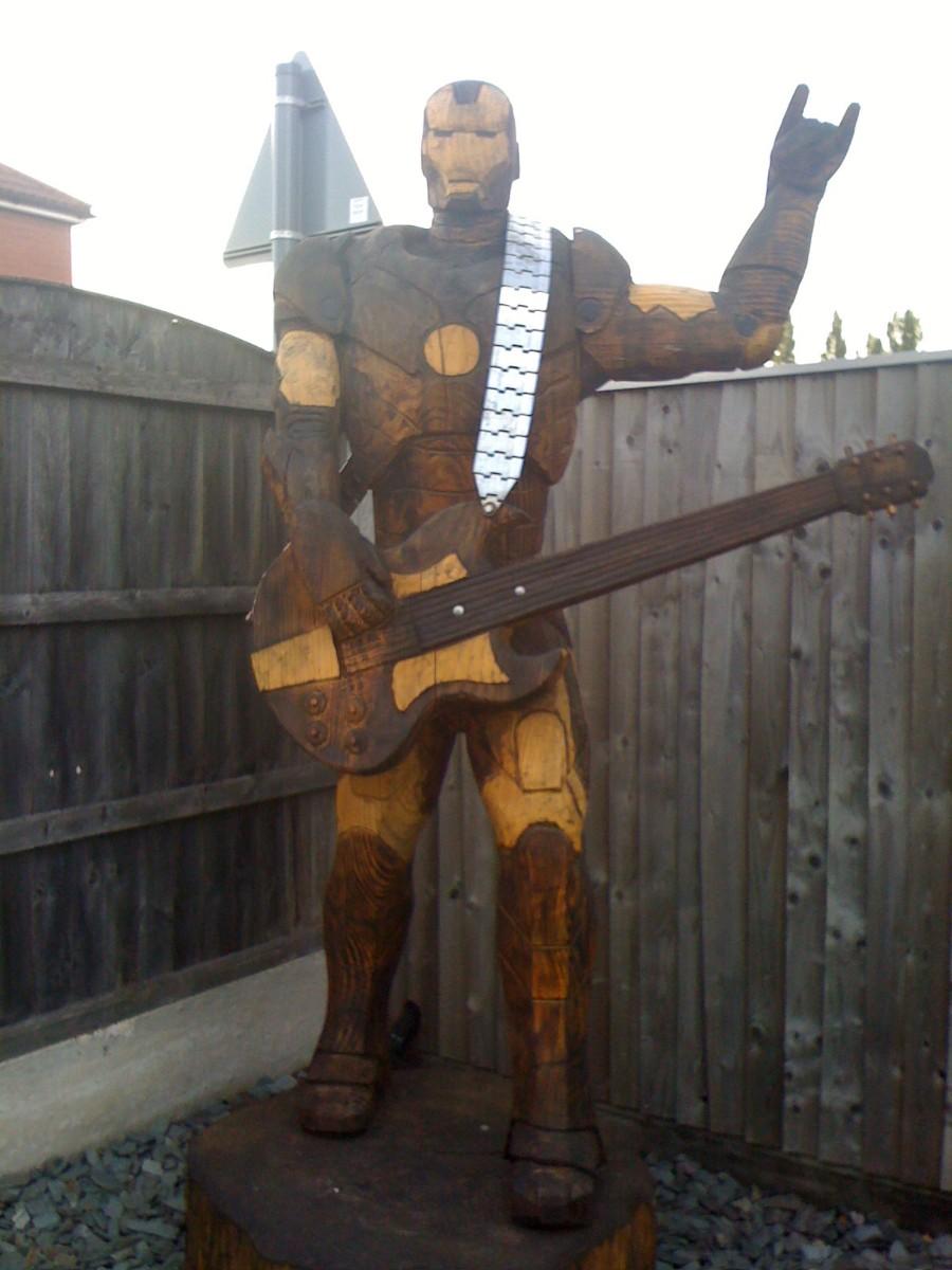 Деревянный железный человек