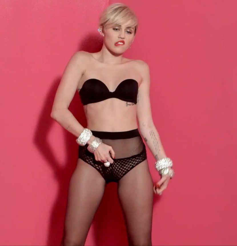 Miley cyrus half stockings — pic 9