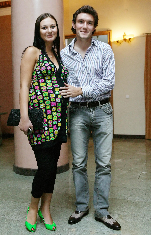 Жирков с женой и детьми фото
