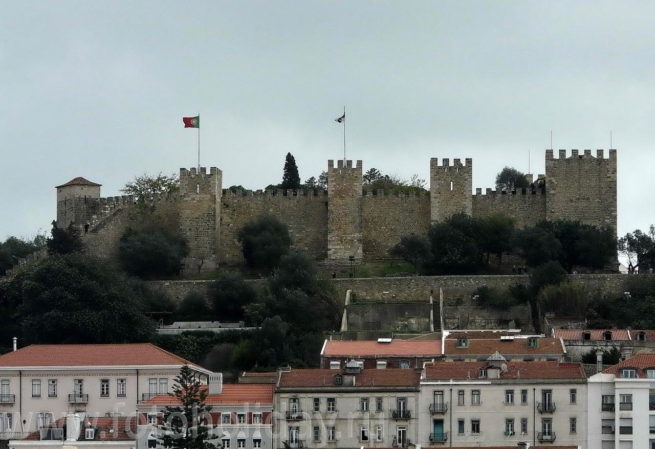 Замок Святого Георгия самое древнее здание Лиссабона