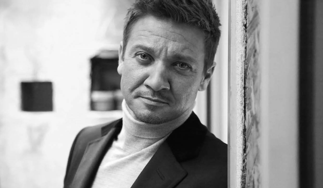 jeremy-renner-haircut1.jpg