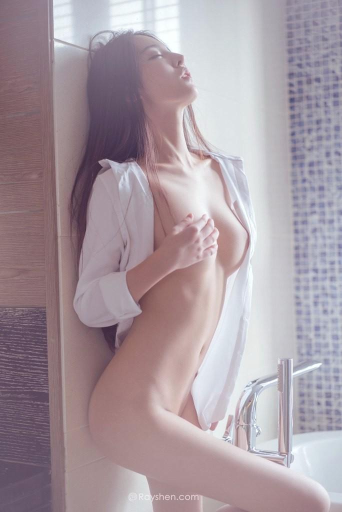 Рубашка на голое тело