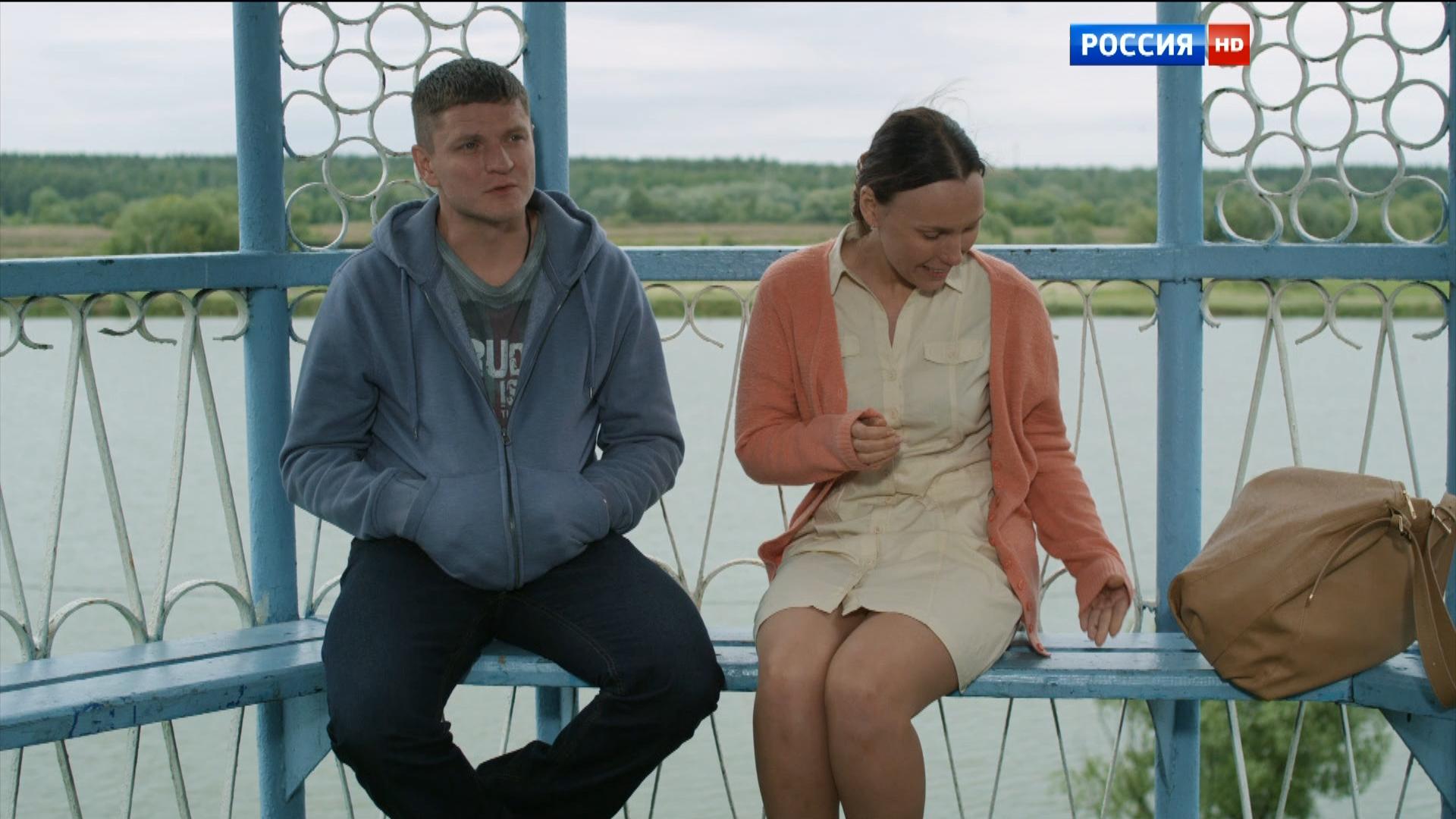 Некрасивая любовь 2015 HDTV 1080i.ts_snapshot_00.44.30_[2016.01.22_10.02.00].png