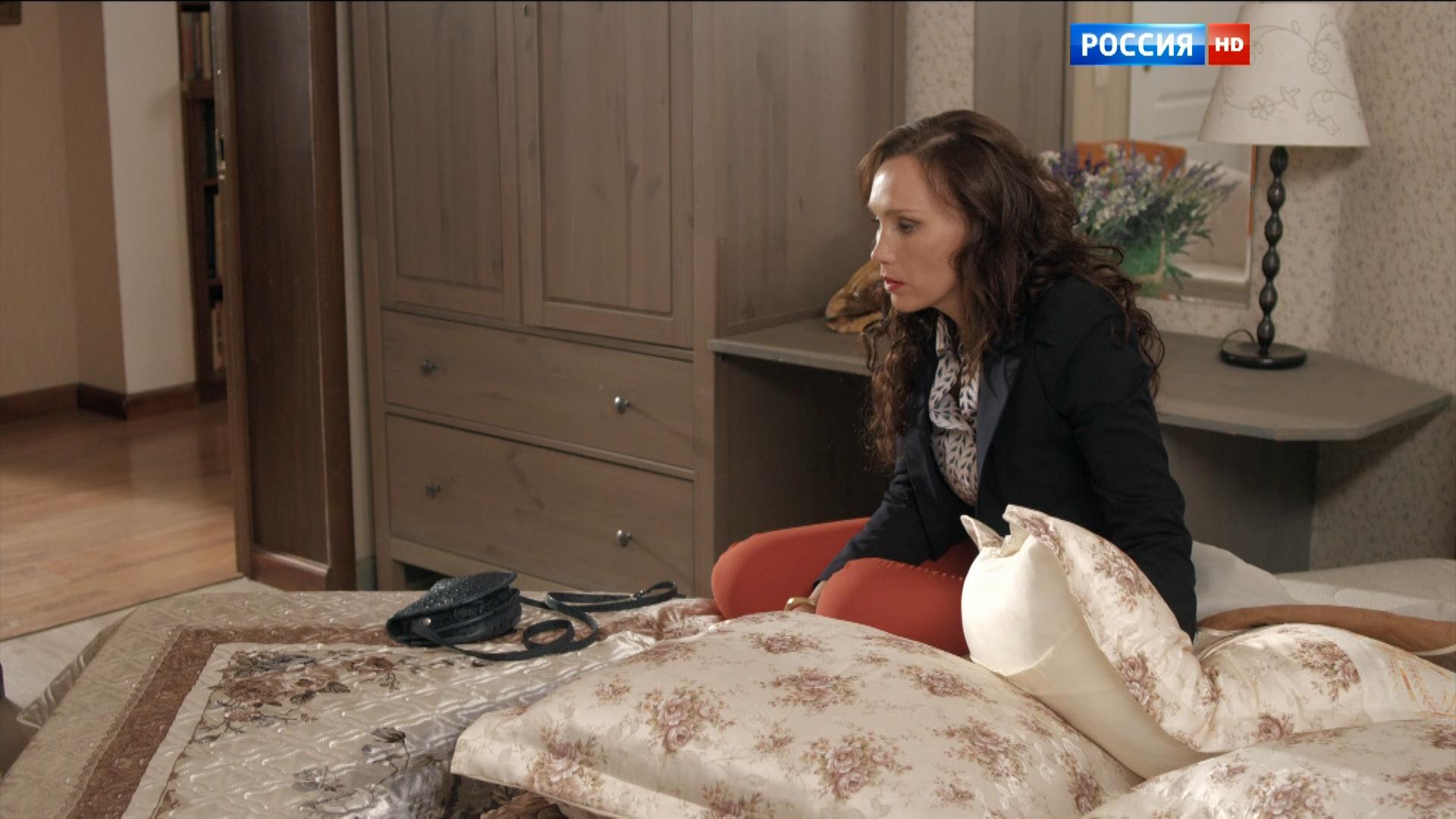 Некрасивая любовь 2015 HDTV 1080i.ts_snapshot_00.58.29_[2016.01.22_10.02.17].png