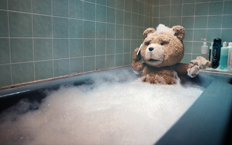 Тэд в ванной