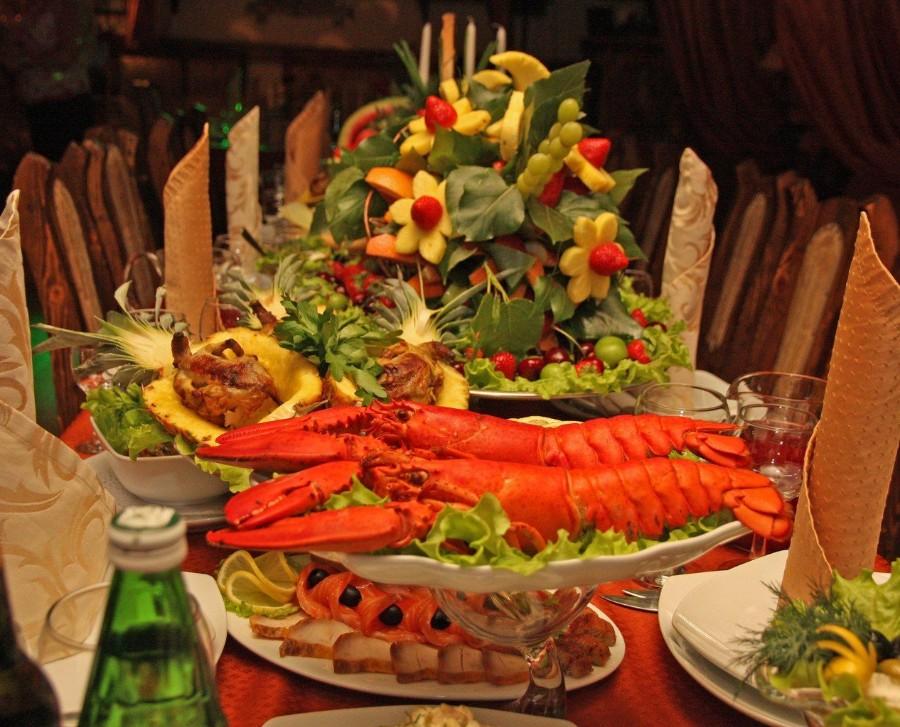 Праздничный ужин с лобстерами