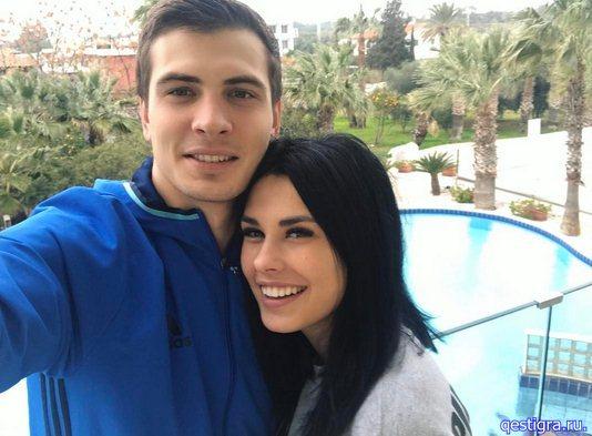 Ирина Пинчук с футболистом
