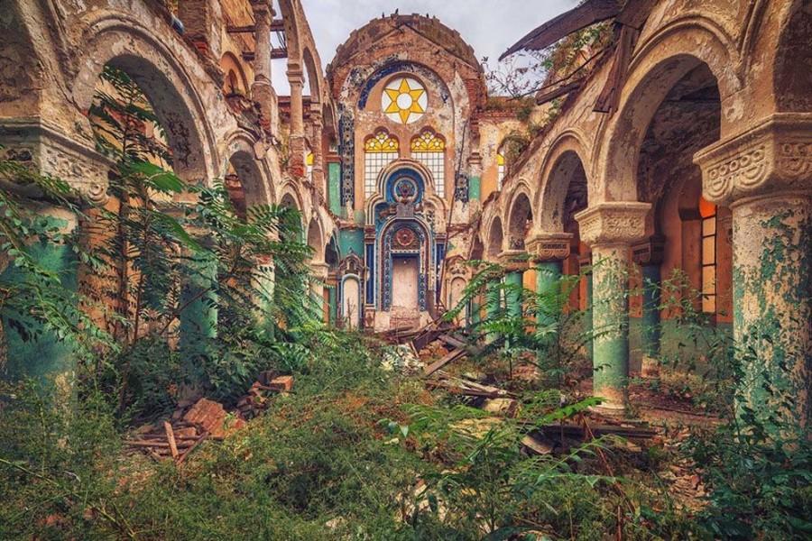 Старые развалины
