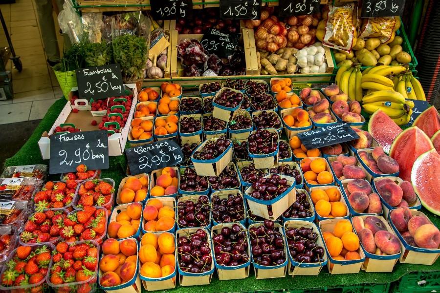 Урожай фруктов и ягод