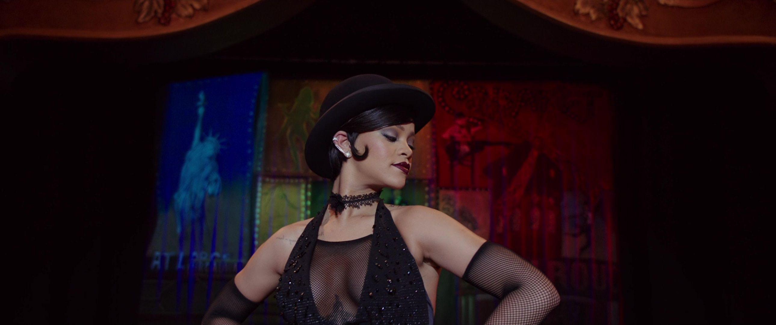 Rihanna-Sexy-72-thefappeningblog.com_.jpg