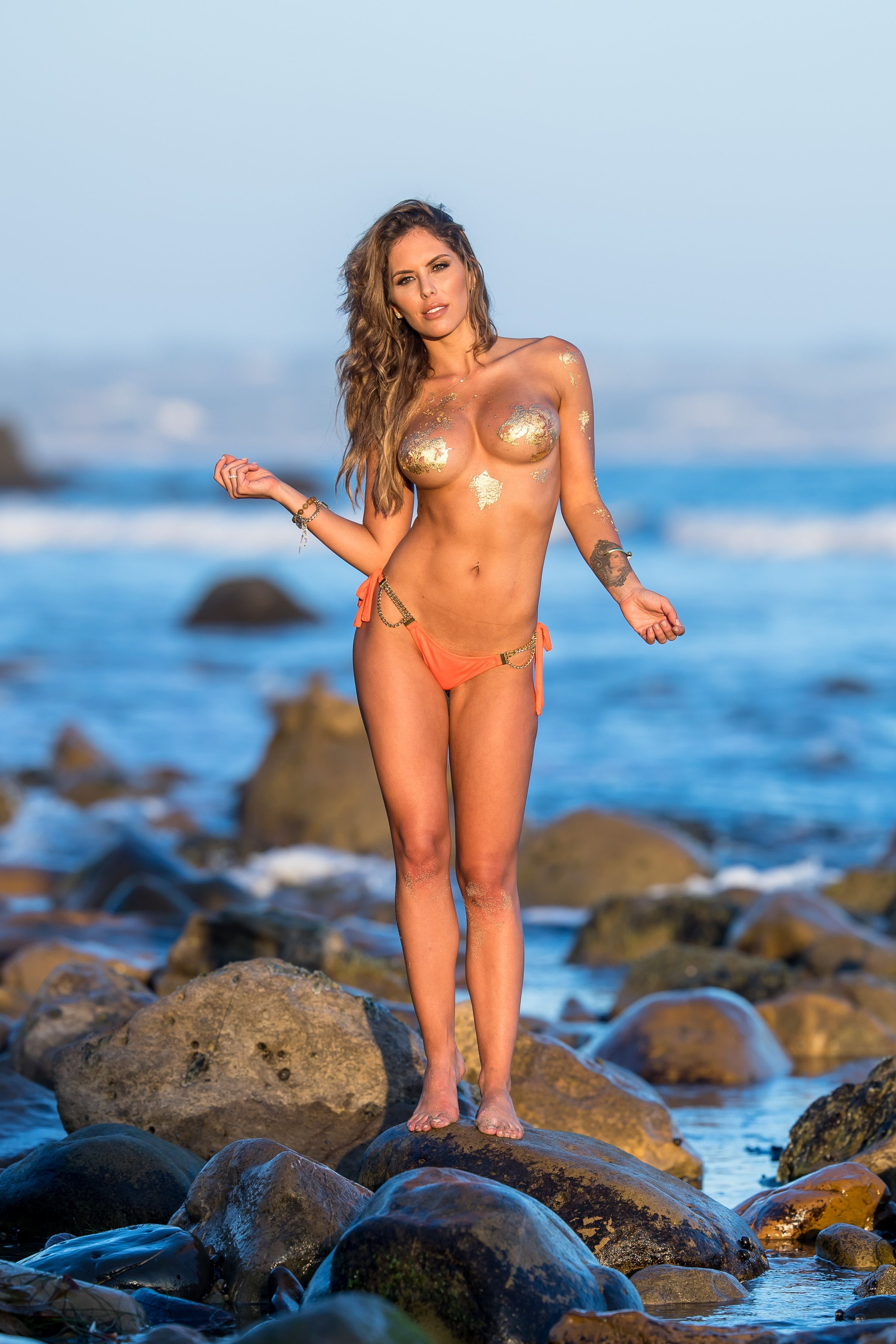 Brittney-Palmer-Sexy-Topless-39-thefappeningblog.com_.jpg