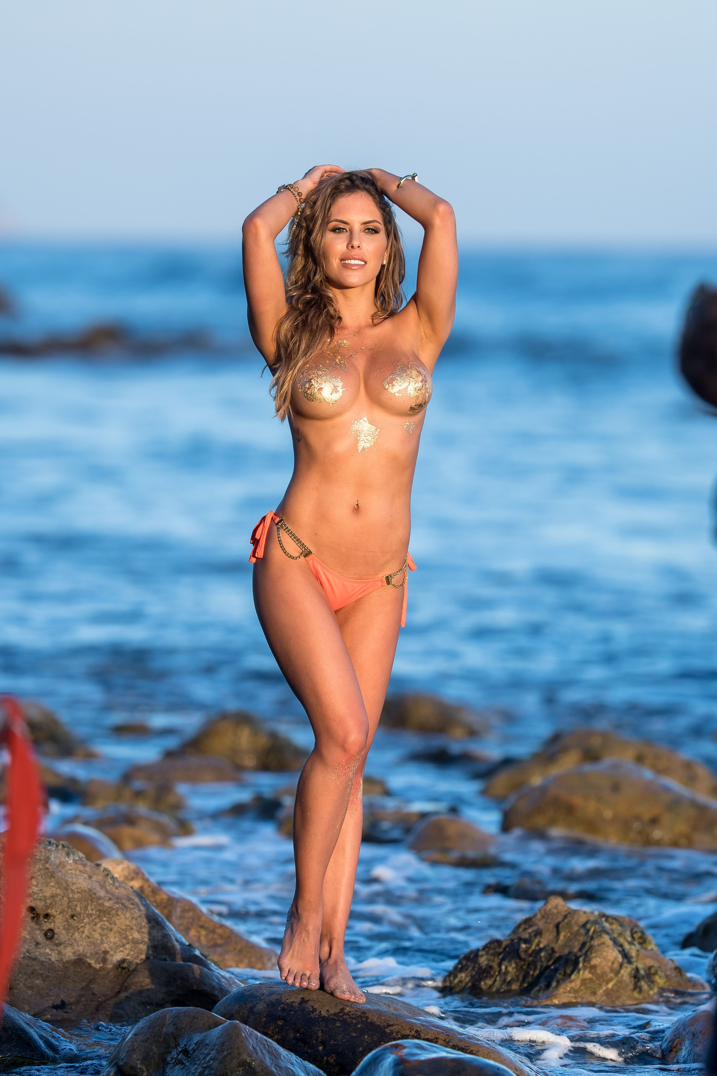 Brittney-Palmer-Sexy-Topless-42-thefappeningblog.com_.jpg
