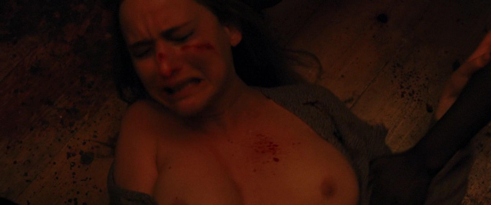Jennifer-Lawrence-Michelle-Pfeiffer-Mother-41-thefappeningblog.com_.jpg