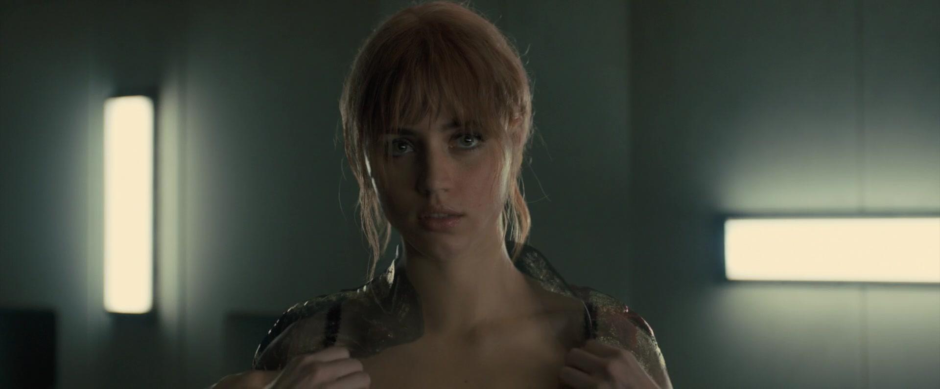 Ana-de-Armas-Sallie-Harmsen-Mackenzie-Davis-etc-Nude-45-thefappeningblog.com_.jpg