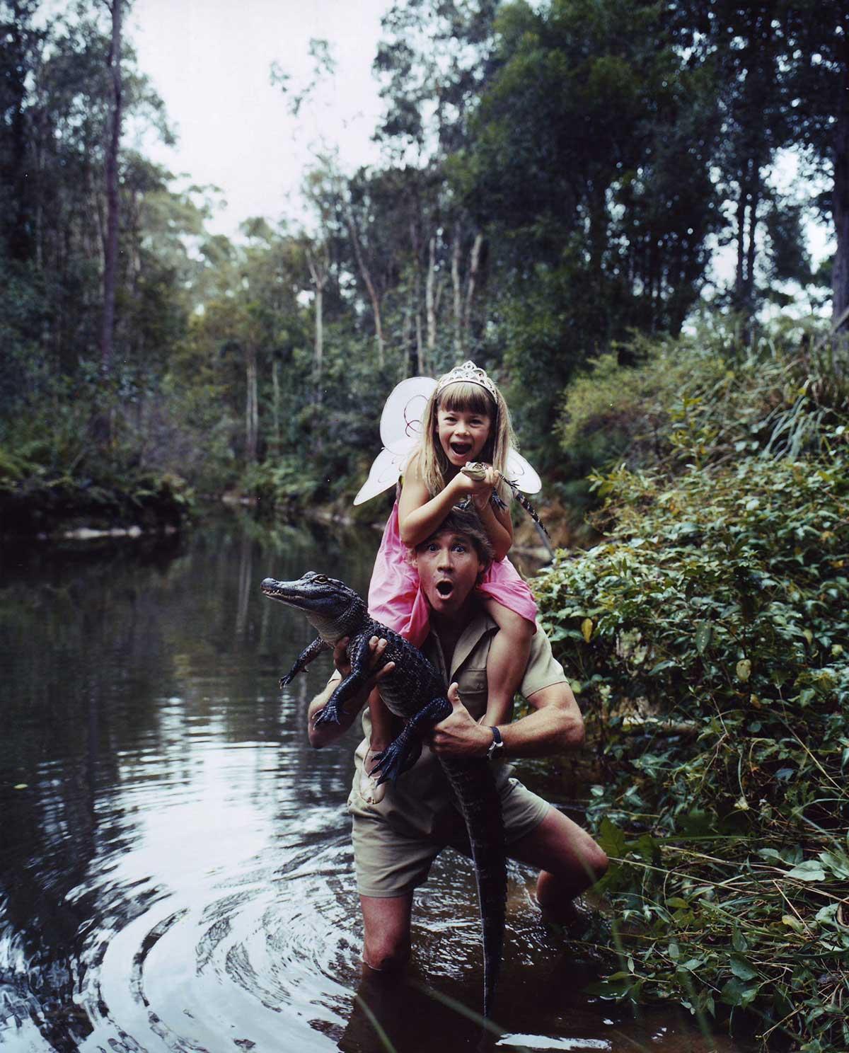 Steve-Irwin-with-his-daughter-Bindi-Irwin.jpg