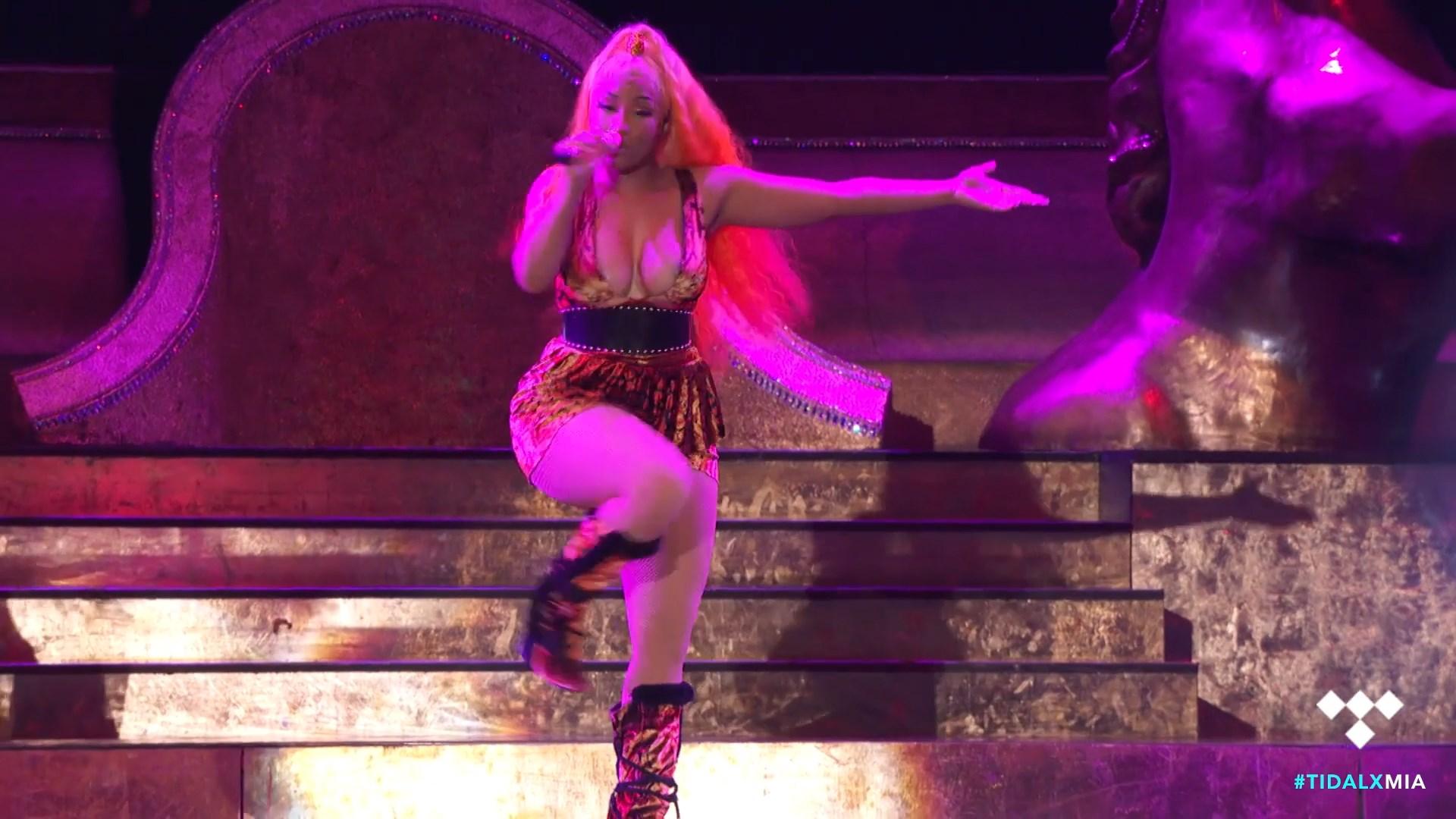 Nicki-Minaj-Nude-TheFappeningBlog.com-14.jpg