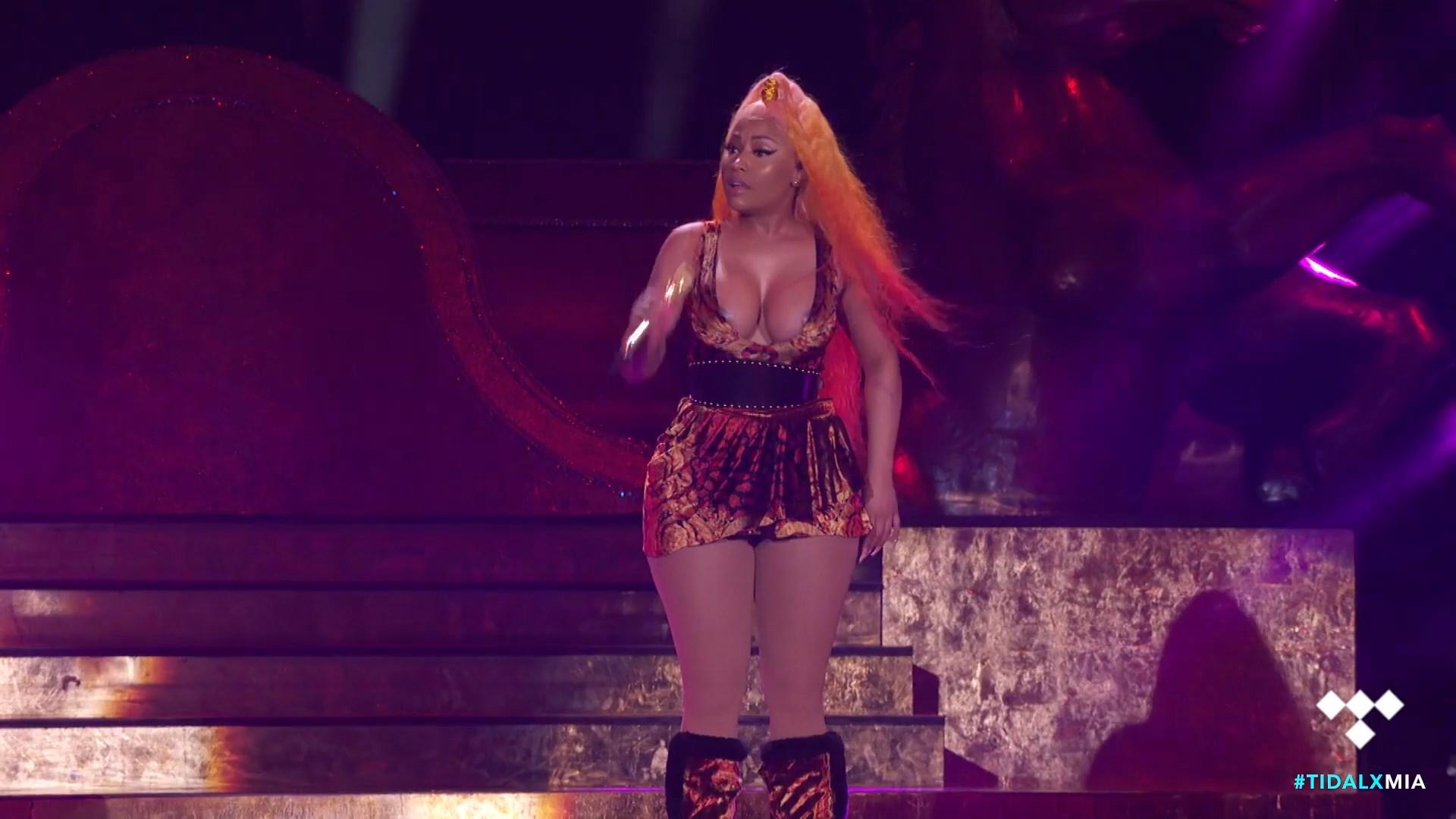 Nicki-Minaj-Nude-TheFappeningBlog.com-26.jpg