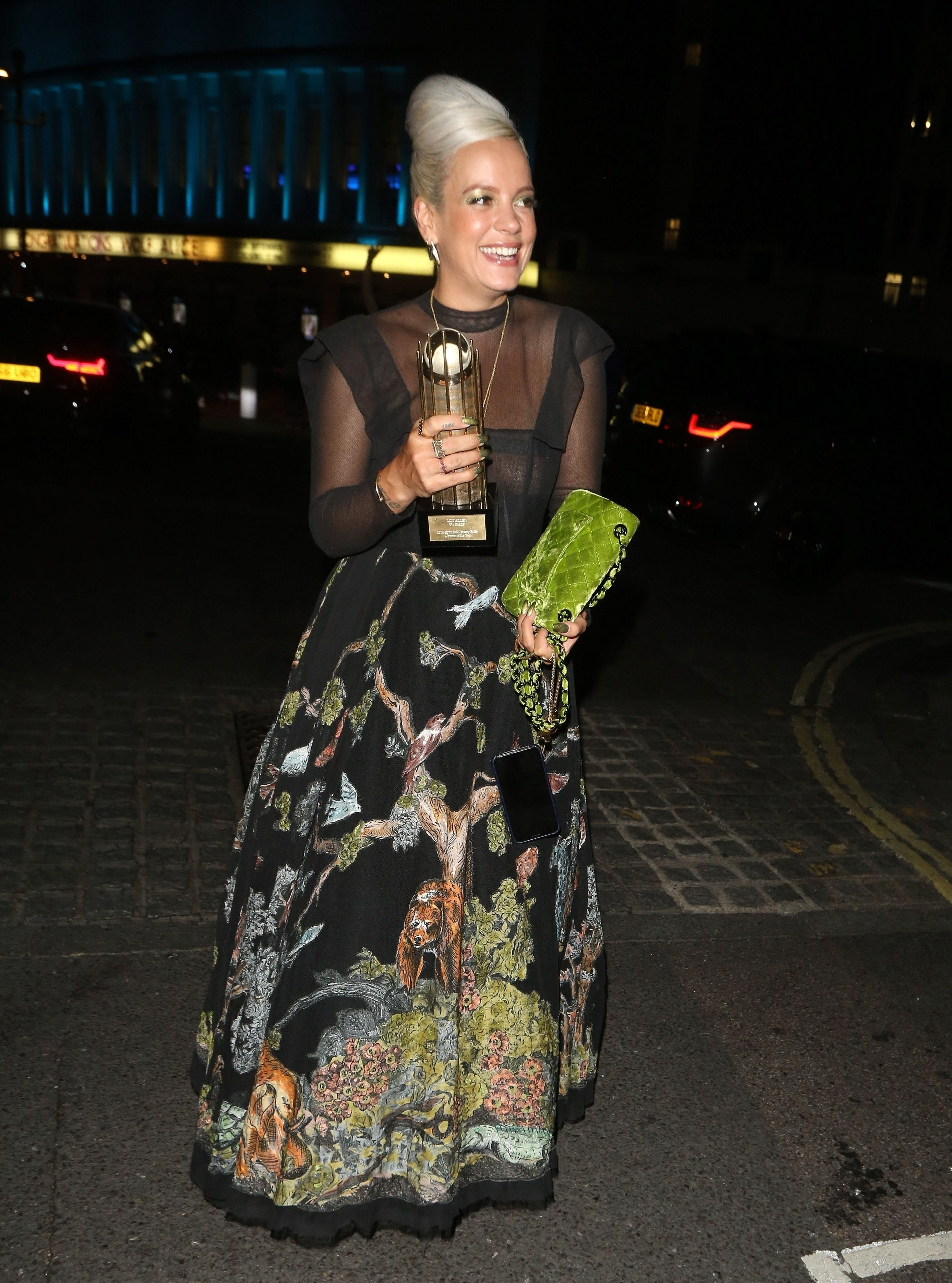 0919040453772_10_Lily-Allen-See-Through-TheFappeningBlog.com-11.jpg