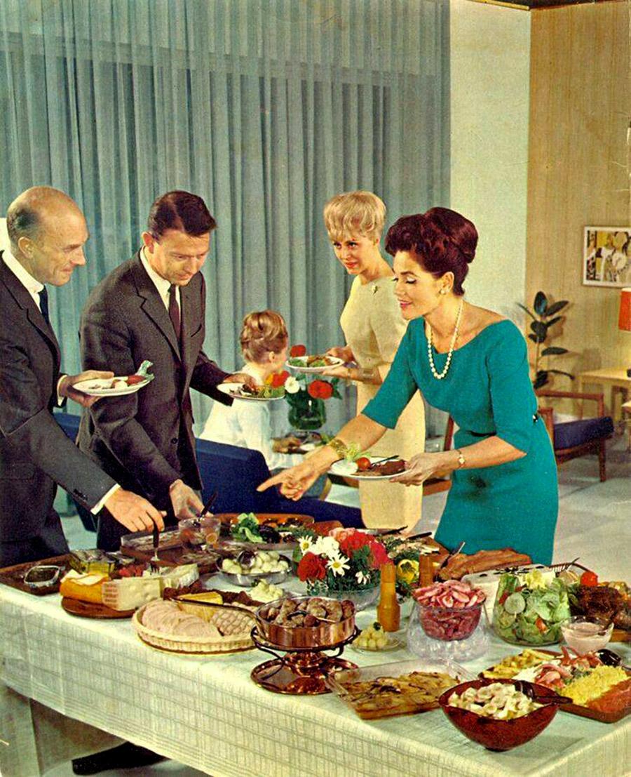 vintage-buffet-5.jpg