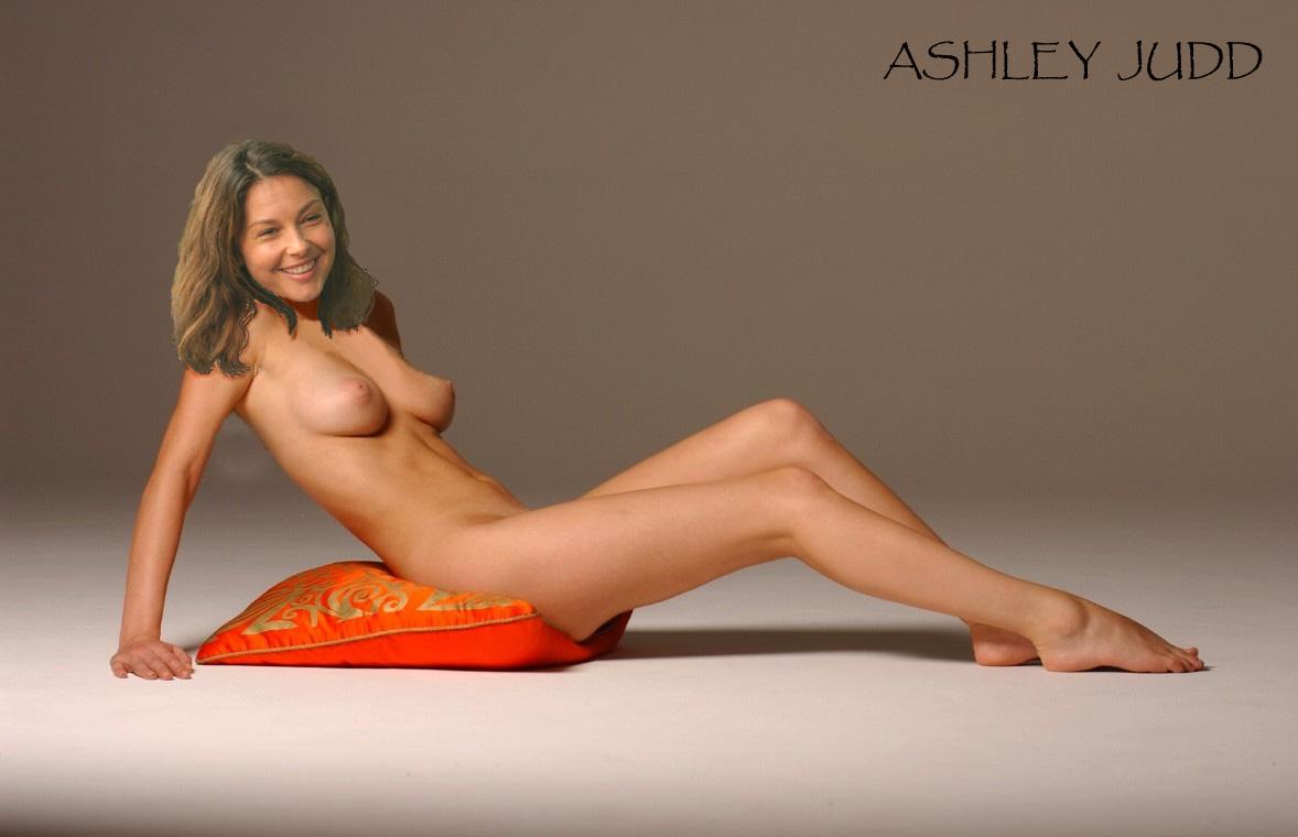 nude-naked-tori-spellings