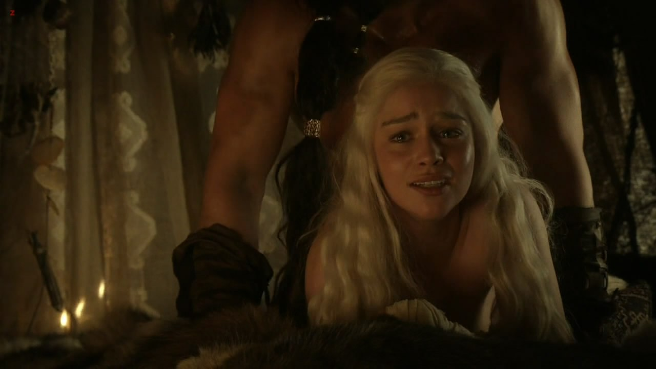 0313180856956_06_Emilia-Clarke-nude-sex-doggy-style-and-lesbian-love-game-with-Roxanne-McKee-Game-of-Thrones-S1E2-hd1080.jpg