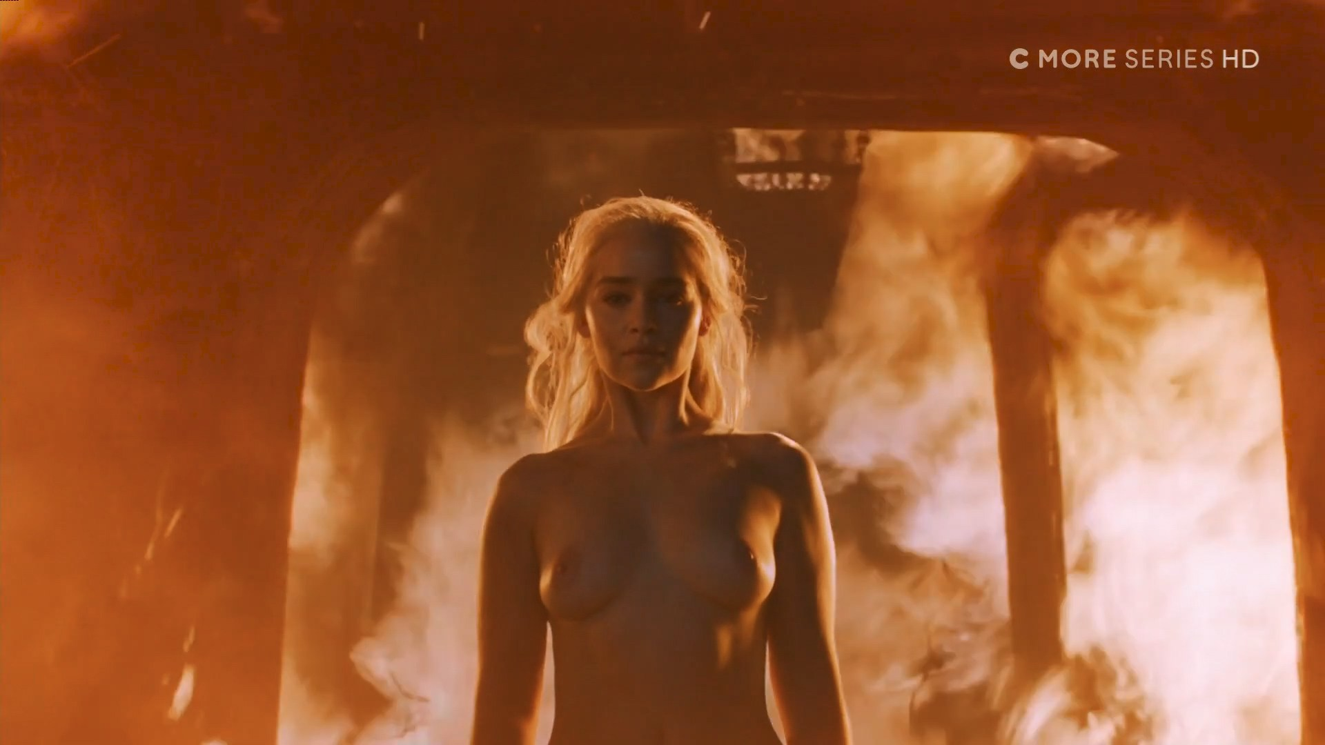 0313180006364_02_Emilia-Clarke-nude-topless-Game-of-Thrones-2006-s6e4-HDTV-1080p-2.jpg