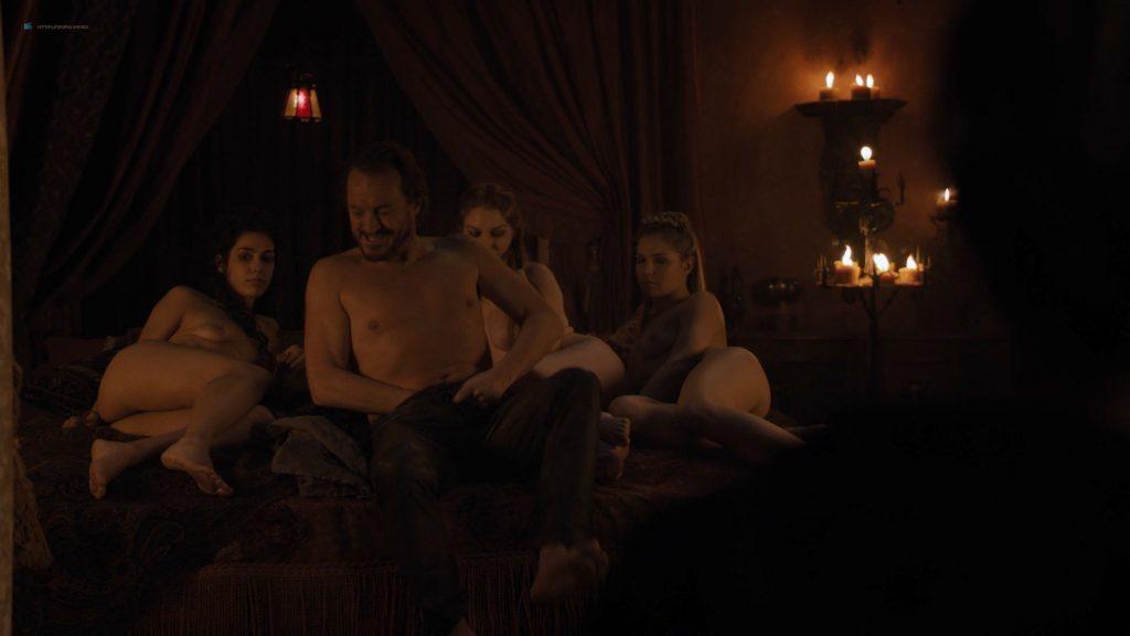 0315115553808_01_Josephine-Gillan-nude-full-frontal-Lucy-Aarden-nude-Game-of-Thrones2019-s8e1-HD-720-1080p-0012-1024x576.jpg
