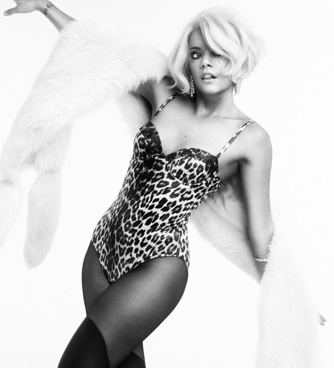 0326233753736_04_Lily-Allen-Nude-Sexy-TheFappeningBlog.com-4.jpg