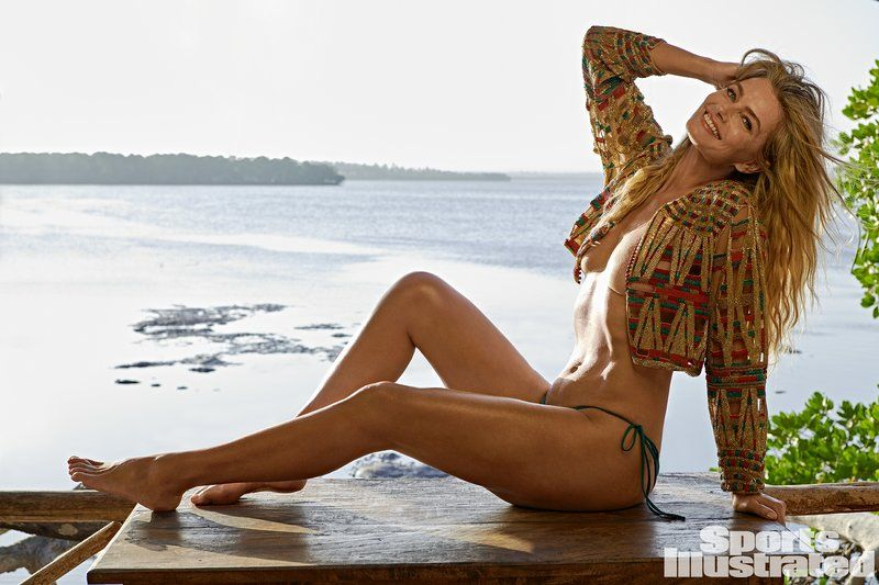 0409085921644_35_Paulina-Porizkova-Nude-Sexy-TheFappeningBlog.com-36.jpg