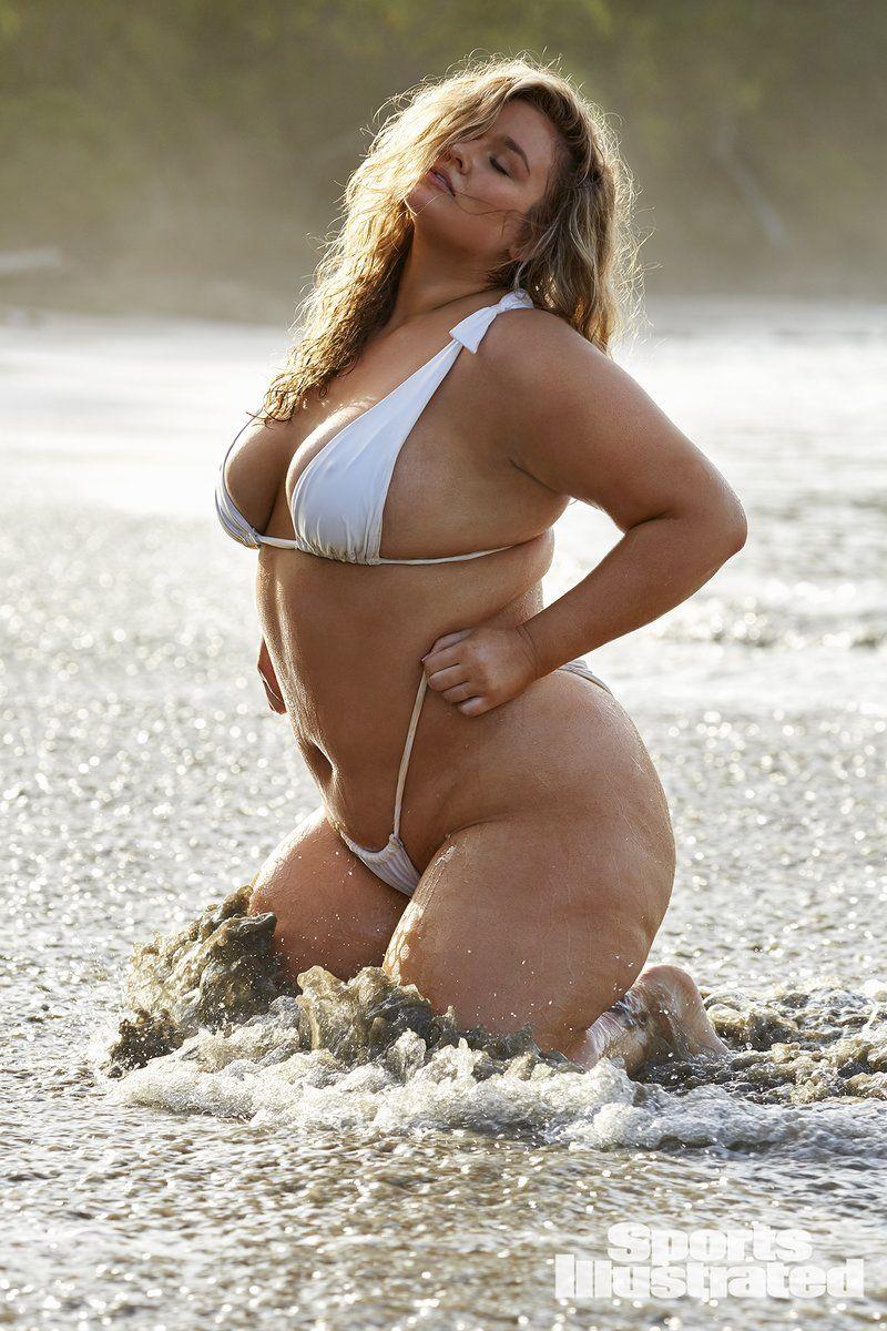 0409094207240_08_Hunter-McGrady-Nude-Sexy-TheFappeningBlog.com-8.jpg