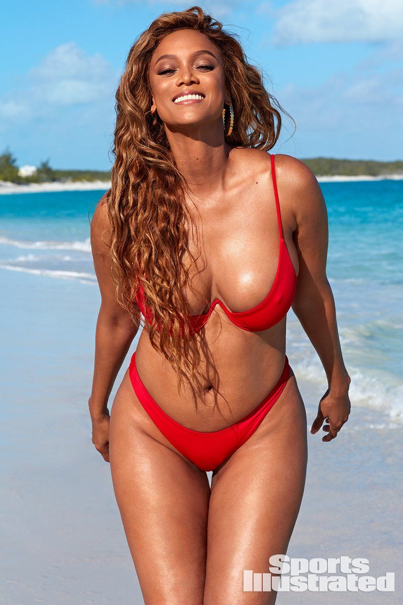 0409070409202_11_Tyra-Banks-Nude-Sexy-TheFappeningBlog.com-12.jpg